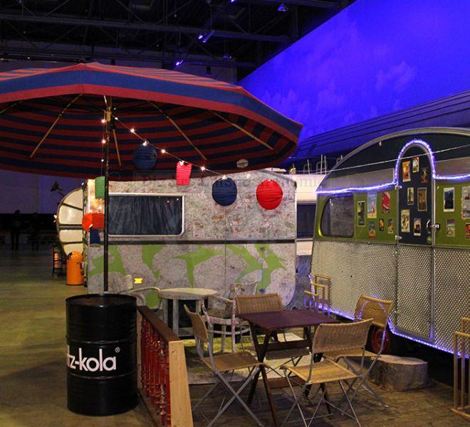 BaseCamp gemütliche Atmosphäre beim Indoor Camping