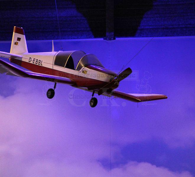 BaseCamp Hängendes Flugzeug