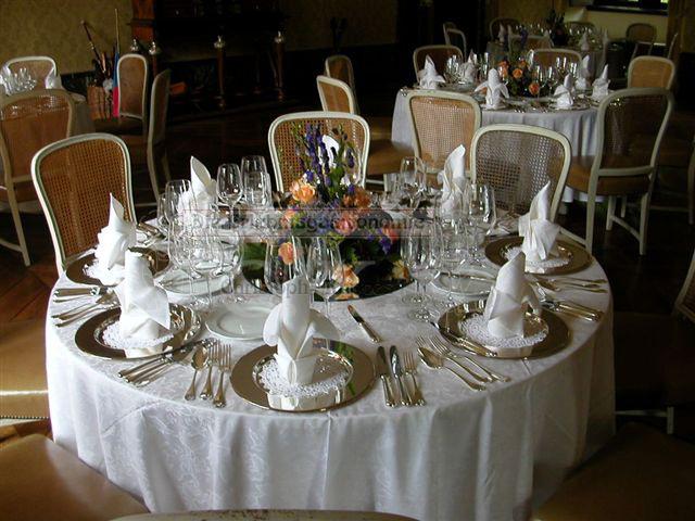 Schloss Ehreshoven Details Tischdekoration