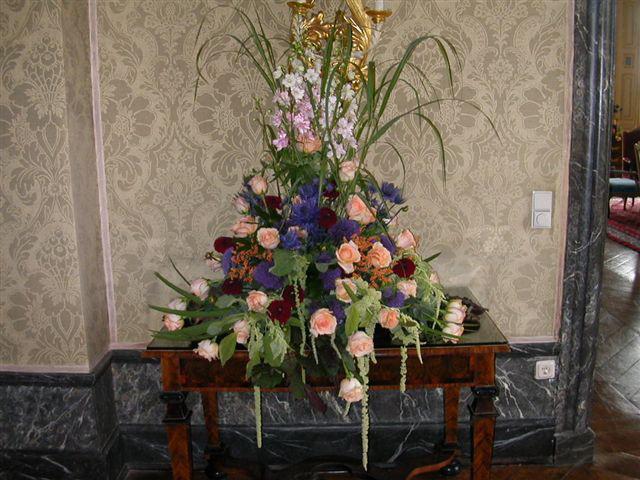 Schloss Ehreshoven Blumenarrangement