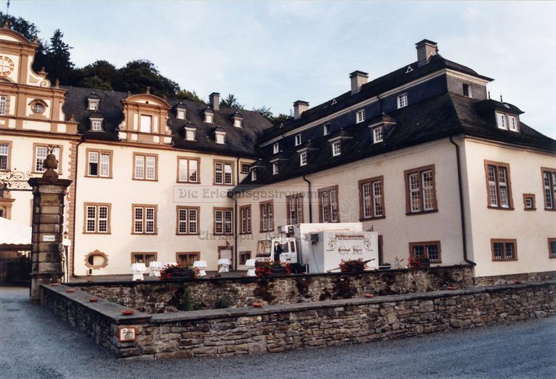 Schloss Ehreshoven Außenansicht