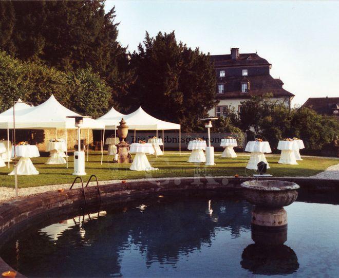 Schloss Ehreshoven Feier im Außenbereich