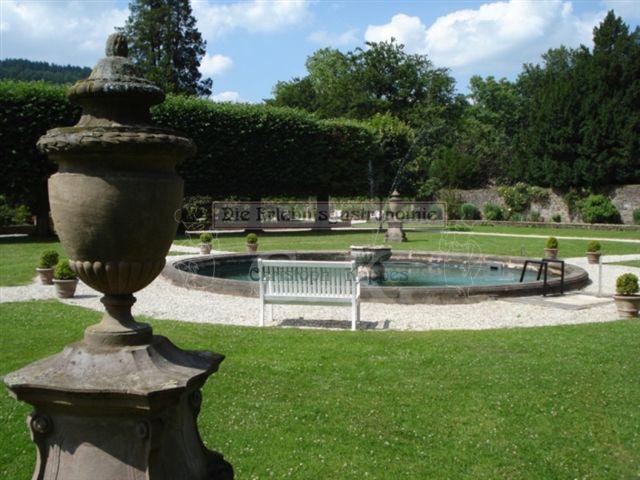 Schloss Ehreshoven Teich
