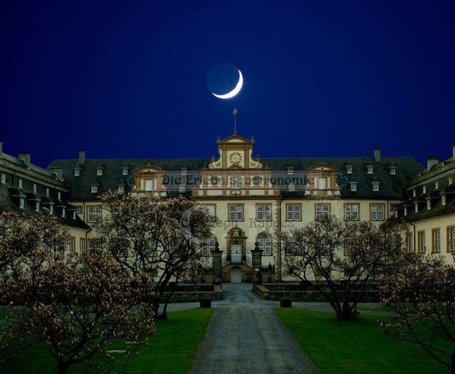 Schloss Ehreshoven Bauwerk bei Nacht