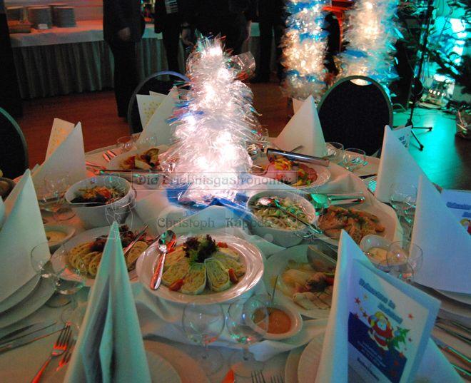 Bürgerhaus Saal zur KÜZ Essen auf rundem Tisch