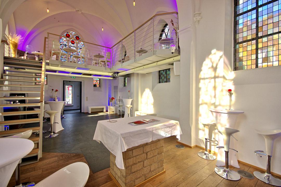 Eventkapelle Innenraum der Kapelle mit Blick auf Galerie