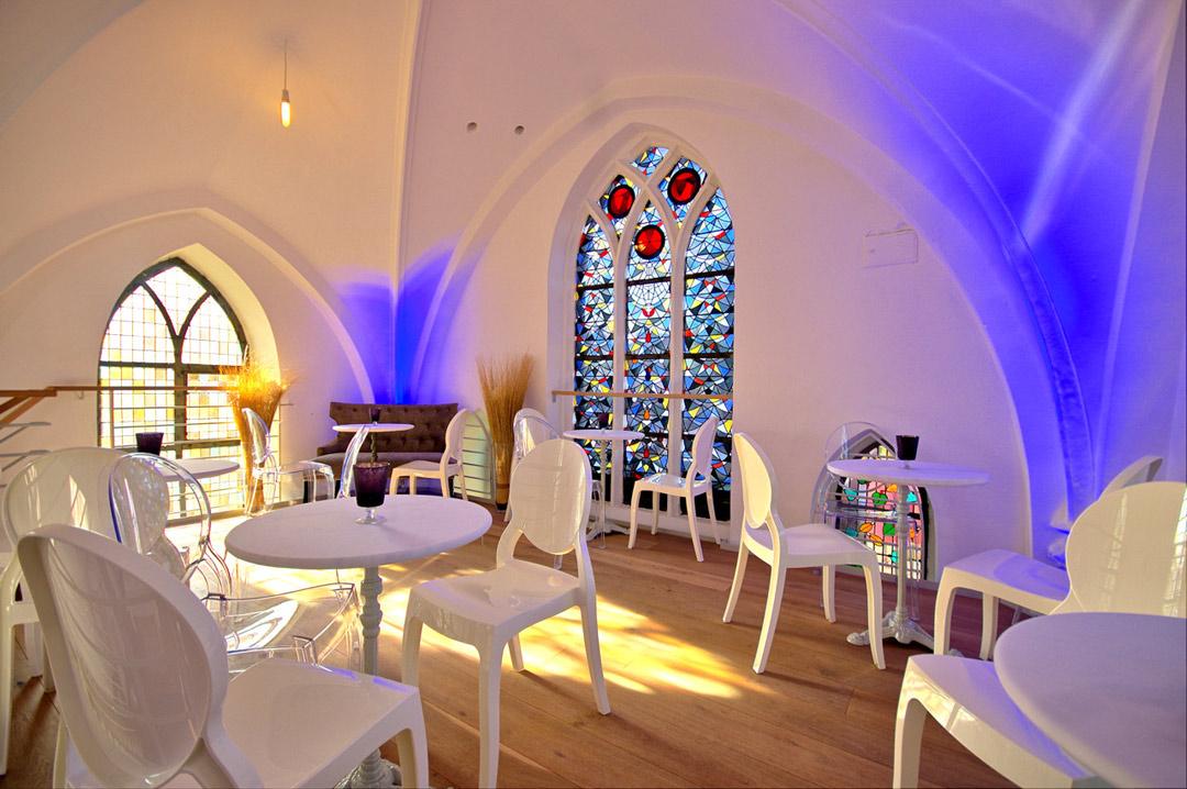 Eventkapelle Sitzgelegenheiten auf der Galerie