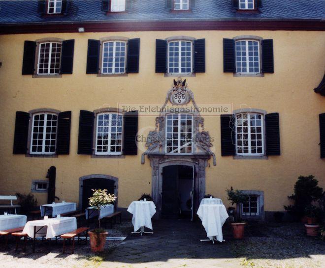 Schloss Lüftelberg Außenansicht