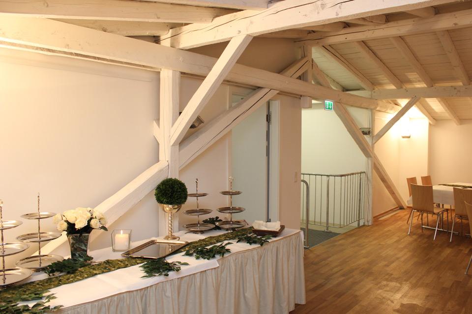 Turmhof Vorbereitung Buffet
