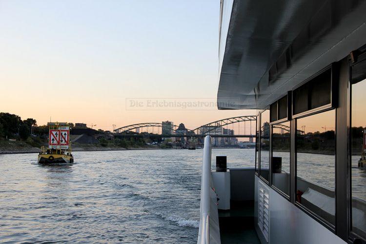 "An Deck der ""Rheinprinzessin"""